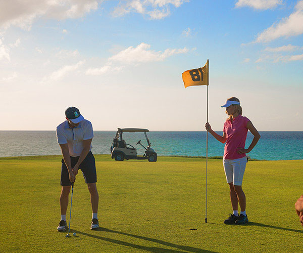 Experiences Golf by Paradisus Cuba Resorts - Practice your swing at Varadero Golf Club